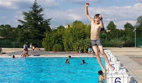 Nude pool public jpg 1200x707