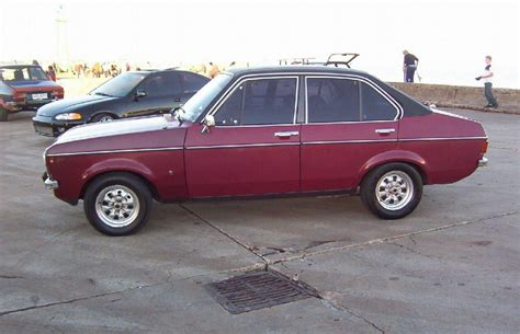 Ford escort europe wikipedia jpg 900x581